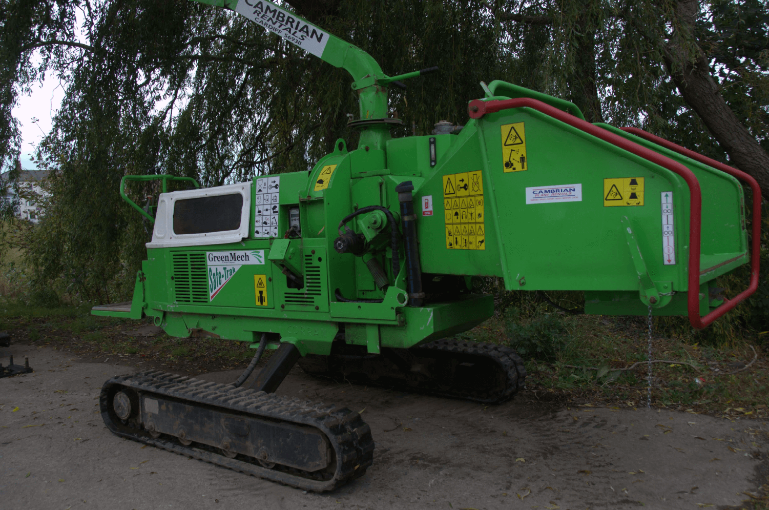 GREENMECH SAFE-Trak 19-28 MK1 8inch Tracked Wood Chipper 2